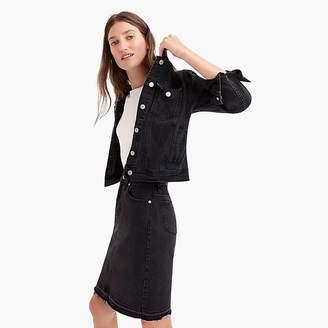 Classic denim jacket in black