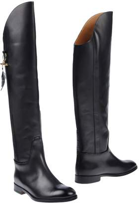 Doucal's Boots - Item 11506633DO