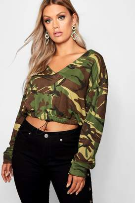 boohoo Plus Camo Cropped Sweatshirt