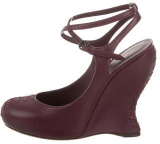 Bottega VenetaBottega Veneta Round-Toe Leather Wedges