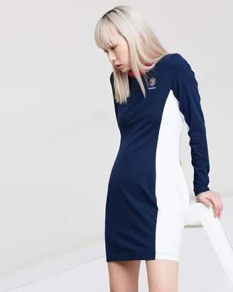 Reebok AC Dress