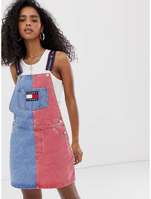 78404c37f06 Tommy Jeans summer heritage dungaree dress