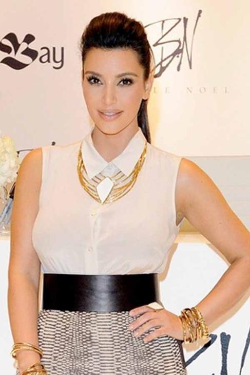 Belle Noel by Kim Kardashian Evil Eye Bangle in Yellow Gold
