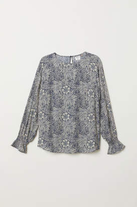 H&M H&M+ Blouse with Smocking - Blue