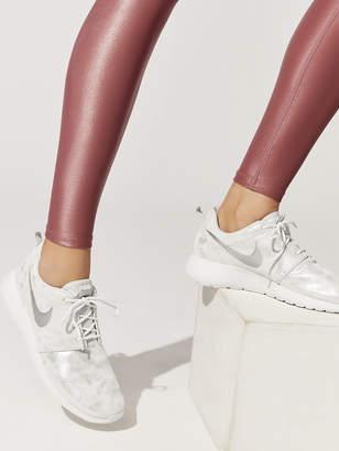 buy online 164ea 4711b Womens Nike Roshe One Premium Shoe