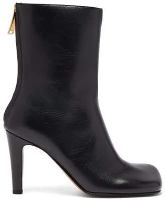 Bottega Veneta Squared Toe Leather Boots - Womens - Black