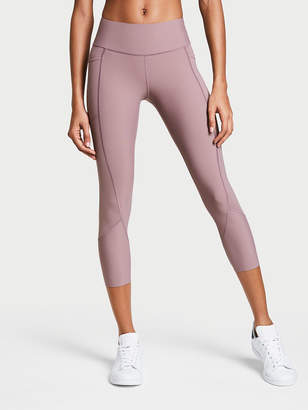 Total Knockout by Victoria Sport Capri