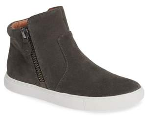 Gentle Souls by Kenneth Cole Carter Bootie