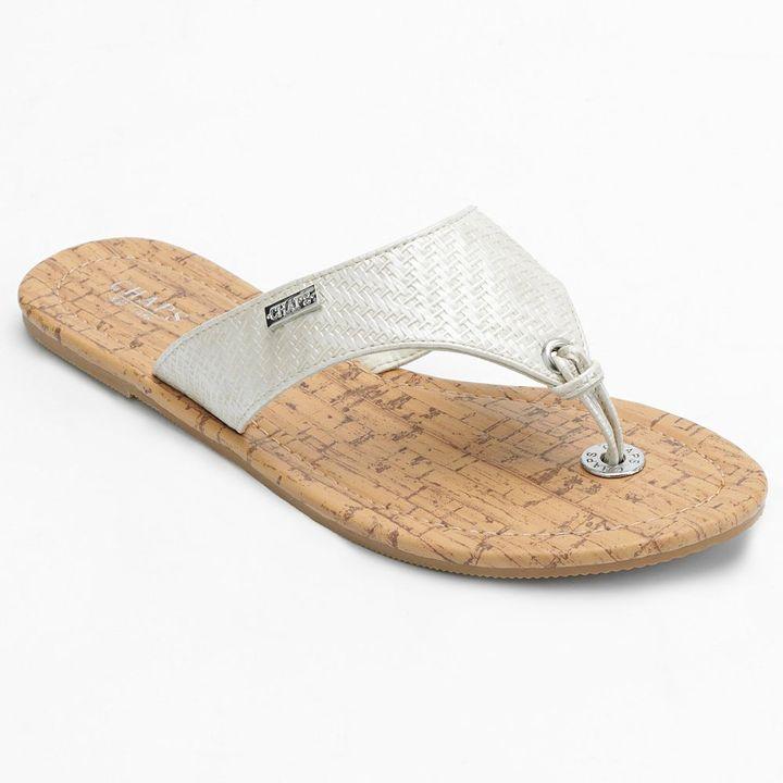 Chaps textured flip-flops