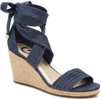 Women's Beaut Wedge Sandal -Navy $59 thestylecure.com