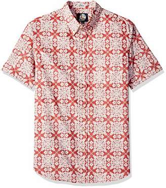 e81f66fb903 Reyn Spooner Men s Christmas Quilt Tailored Fit Hawaiian Shirt