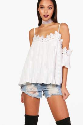 boohoo Crochet Trim Woven Crinkle Cold Shoulder Top