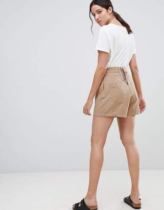 Asos (エイソス) - ASOS DESIGN lace back culotte shorts in sand