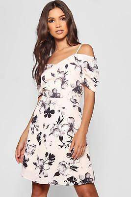 boohoo NEW Womens Cold Shoulder Floral Skater Dress in Polyester