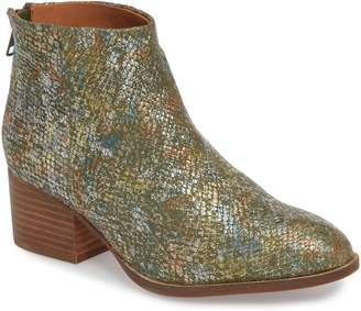 022414a724 Seychelles Almond Toe Women s Boots - ShopStyle