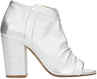 Julie Dee Wash Silver Ankle Boots