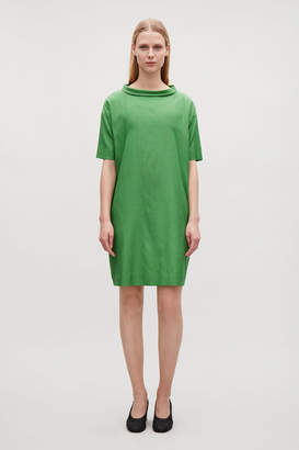 Cos FOLDED COLLAR DRAPED DRESS