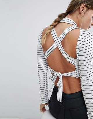 PrettyLittleThing Stripe Tie Back Crop Top