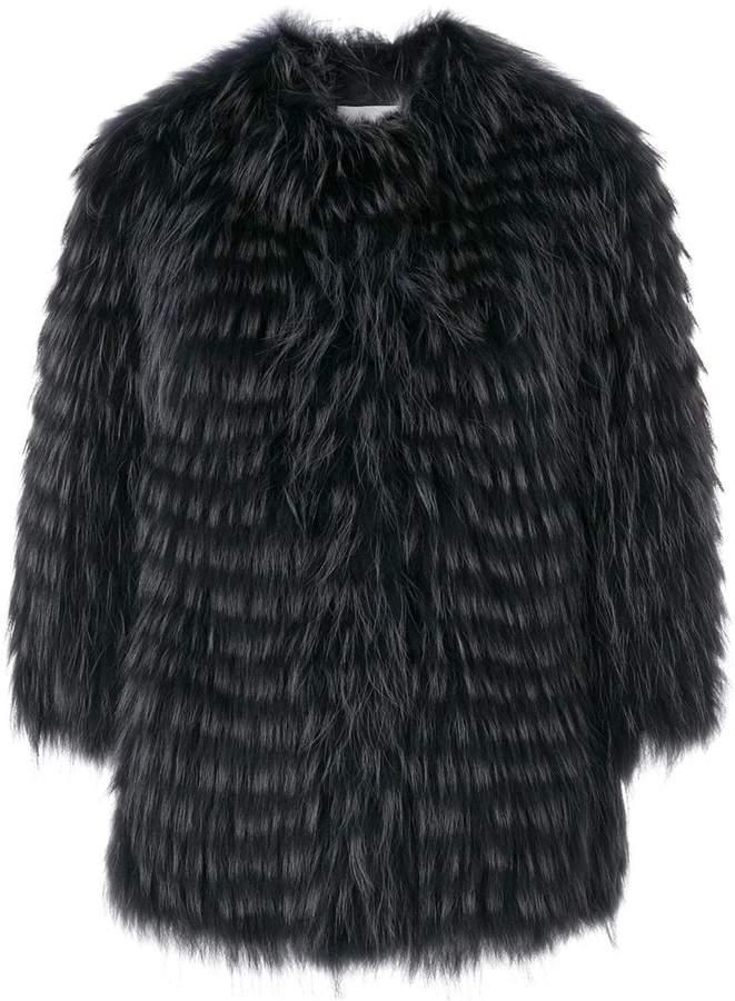 Mantel aus Waschbärpelz