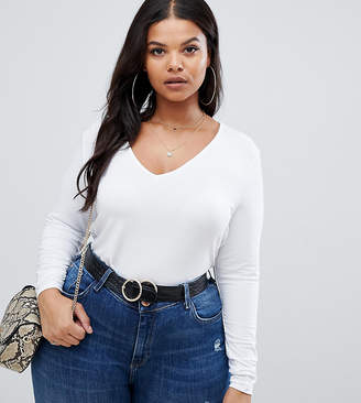 Asos DESIGN Curve ultimate top with long sleeve and v-neck in white