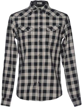 Wrangler Shirts - Item 38686011