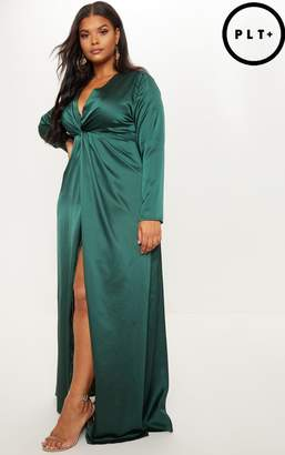 PrettyLittleThing Plus Emerald Green Twist Front Maxi Dress