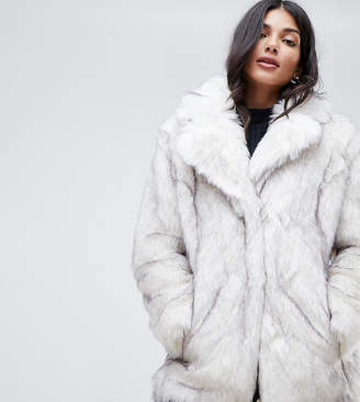 Asos Tall DESIGN Tall glam oversized white faux fur