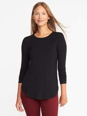 Luxe Curved-Hem Crew-Neck Tee for Women $19.99 thestylecure.com
