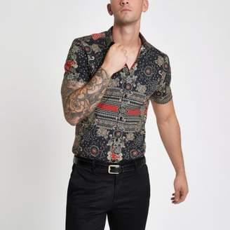 River Island Black muscle fit print shirt