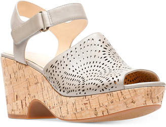 Clarks Artisan Women's Maritsa Nila Platform Sandals Women's Shoes