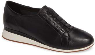 Hush Puppies R) Evaro Slip-On Sneaker