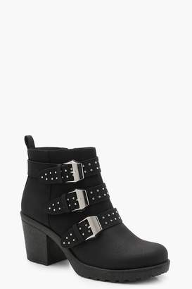 boohoo Pin Stud Cleated Chelsea Ankle Boots
