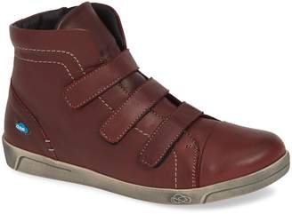 CLOUD High Top Sneaker