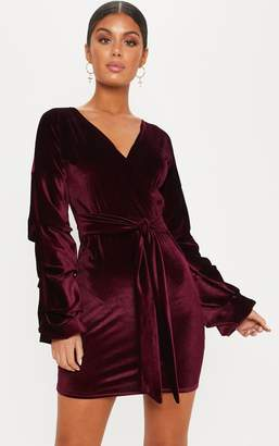 PrettyLittleThing Burgundy Velvet Ruched Sleeve Bodycon Dress