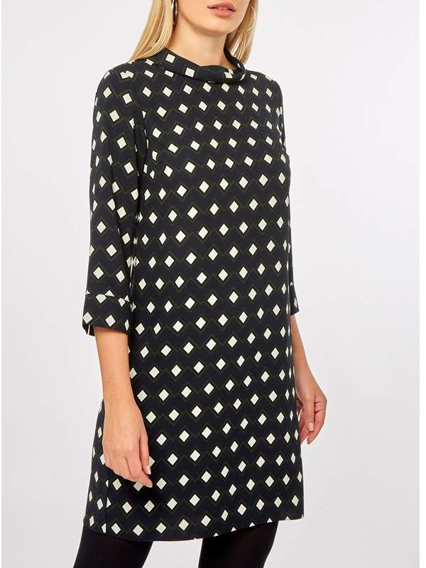 Black Geometric Print Shift Dress