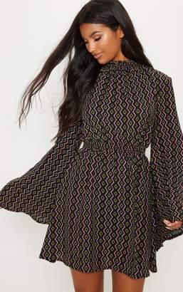 PrettyLittleThing Black Shirred Geometric Printed Skater Dress