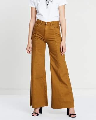 Siren Sweep Jeans