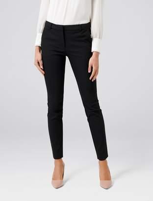 Forever New Faye Full Length Slim Pants - Black. - 4
