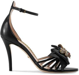 Gucci Leather sandals with bow