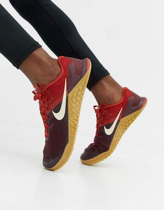 Nike Training Metcon 4 sneakers in burgundy ah7453-626