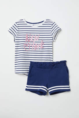 H&M T-shirt and Shorts - Blue