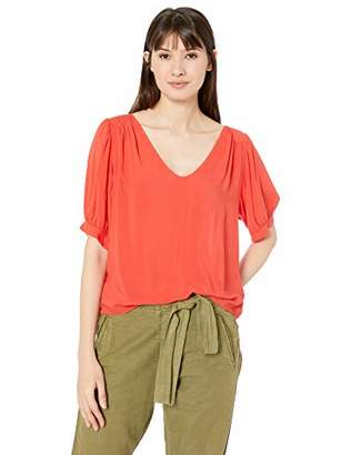 3ffbf8389353ff Velvet by Graham   Spencer Women s Marise Rayon Challis top