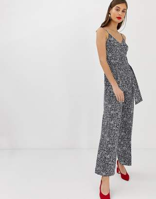 Warehouse jumpsuit with o-ring belt in spiral print