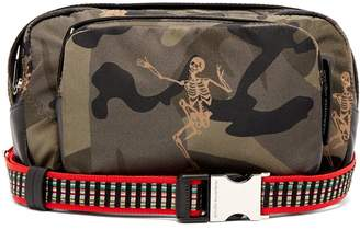 Alexander McQueen Skull and camouflage print cross-body bag