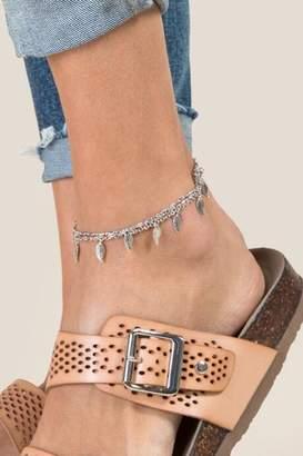 francesca's Nadine Leaf Anklet in Silver - Silver