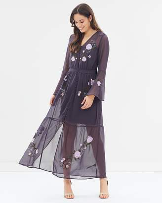 Dorothy Perkins Embroidered Long Sleeve Maxi Dress