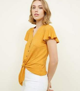 New Look Yellow Spot Print Button Tie Front T-Shirt