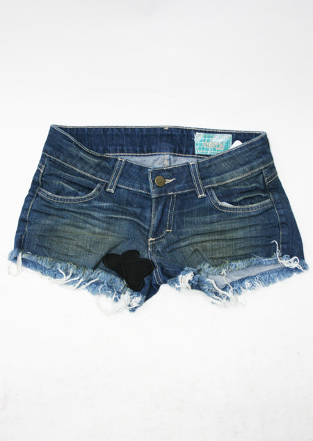Siwy Holly Denim Cut Offs with Black Heart Patches in Wonder wash