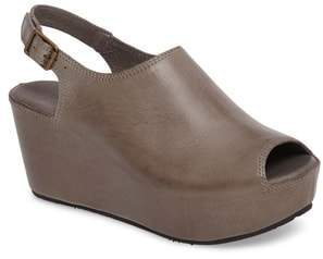 Chocolat Blu Willow Slingback Wedge