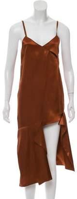Low Classic Sleeveless High-Low Dress
